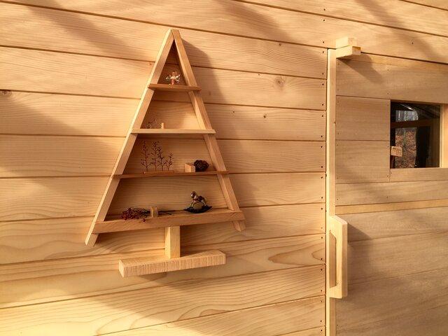 壁掛けツリー形ドールハウスの画像1枚目
