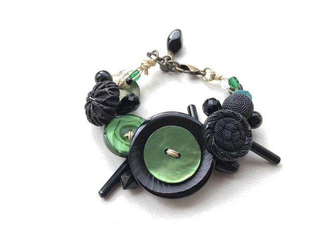 no.8 黒と緑のブレスレットの画像1枚目