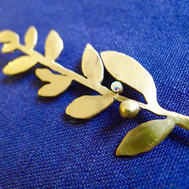 11bis 真鍮 ピン。イチリン ゲッケイ樹の画像1枚目