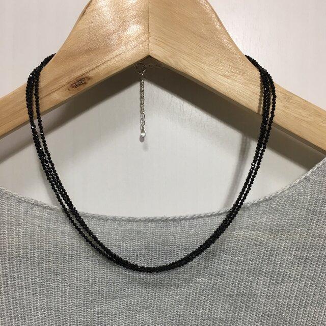 ブラックスピネル 三連ネックレスの画像1枚目