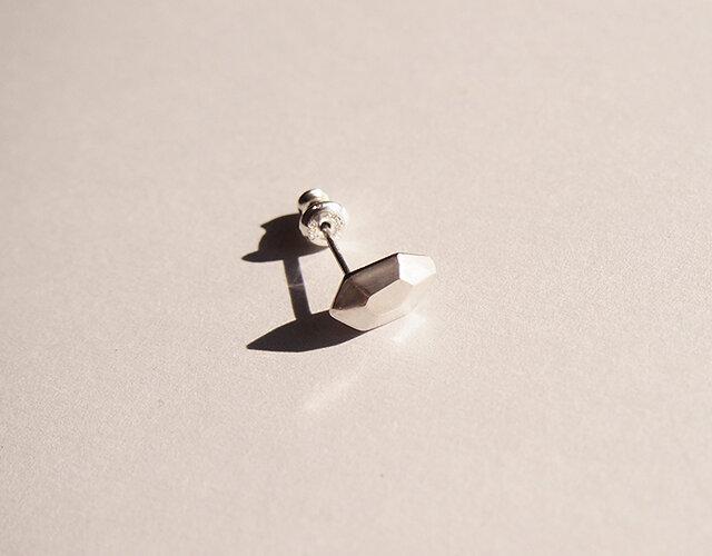 Silver925片耳ピアス 一点ものの画像1枚目