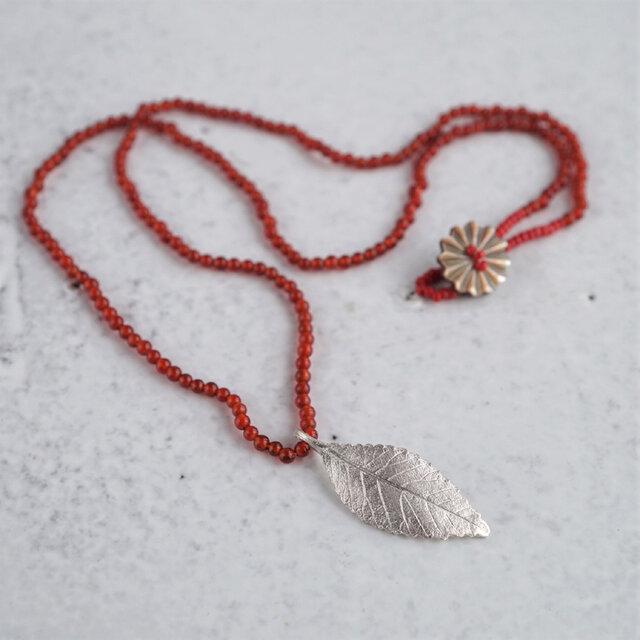 Elm leaf necklace {P082SV(NS)}の画像1枚目
