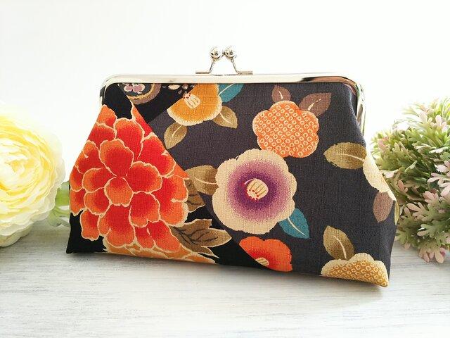 ◆【再販4】菊と椿の和柄がま口ポーチ*着物*和服*浴衣*旅行やプレゼントにも◆の画像1枚目