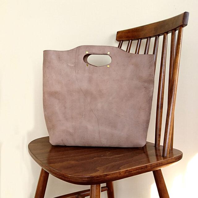 特価ヌメ革*ハンドバッグ【そばかす美人】*A4がちょうど入るサイズ*普段使いにお仕事にの画像1枚目