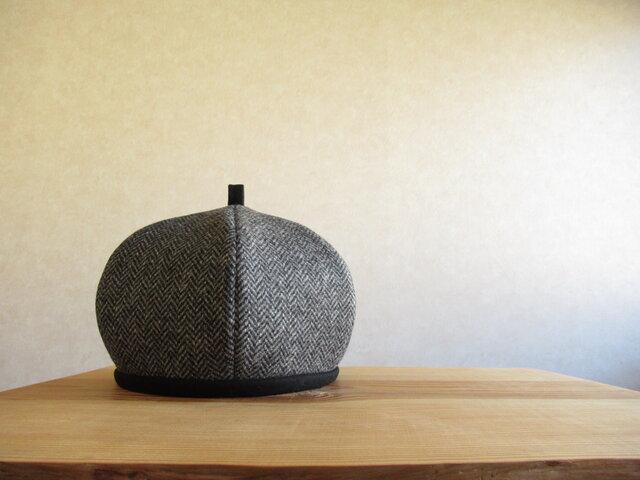 ウールツィードのベレー帽 ブラックグレー、ヘリンボーンの画像1枚目