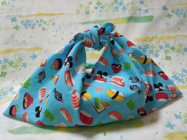 【手縫い】あづま袋☆横32㎝☆お寿司柄・青色☆お弁当袋・エコバック・バッグインbagの画像1枚目
