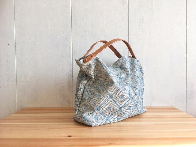【受注製作】ヌメ革持ち手のジャカード織の鞄 アクアブルーの画像1枚目