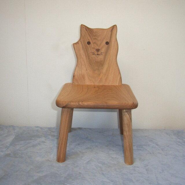 ネコ椅子の画像1枚目