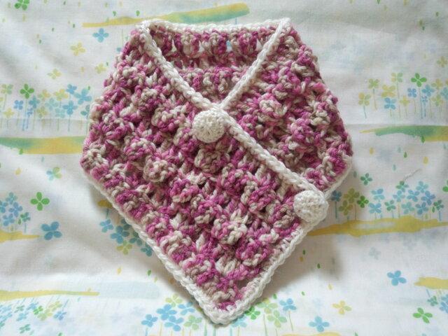 手縫い屋☆編み編み☆おしゃれネックウォーマー64㎝☆桃色混ざり&白☆くるみボタン2個☆ウール100%☆ギフトの画像1枚目