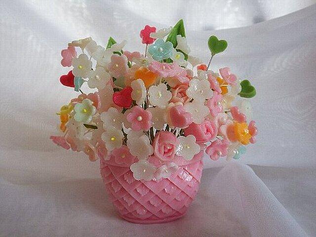 【オーダー】小さな石鹸かごに花盛り。ソープカービングの画像1枚目