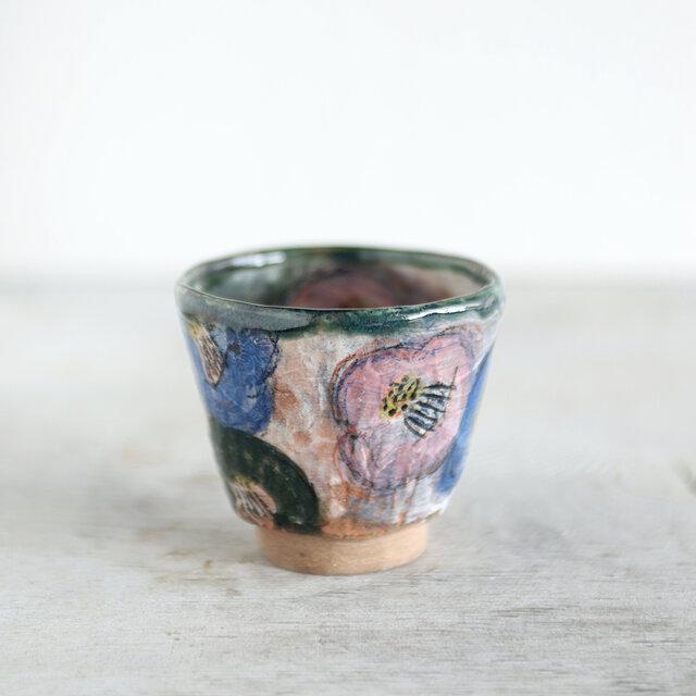 手捻りカップ・椿の画像1枚目