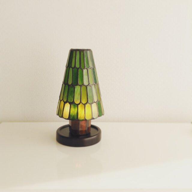 モミの木ランプ ウロコ柄の画像1枚目