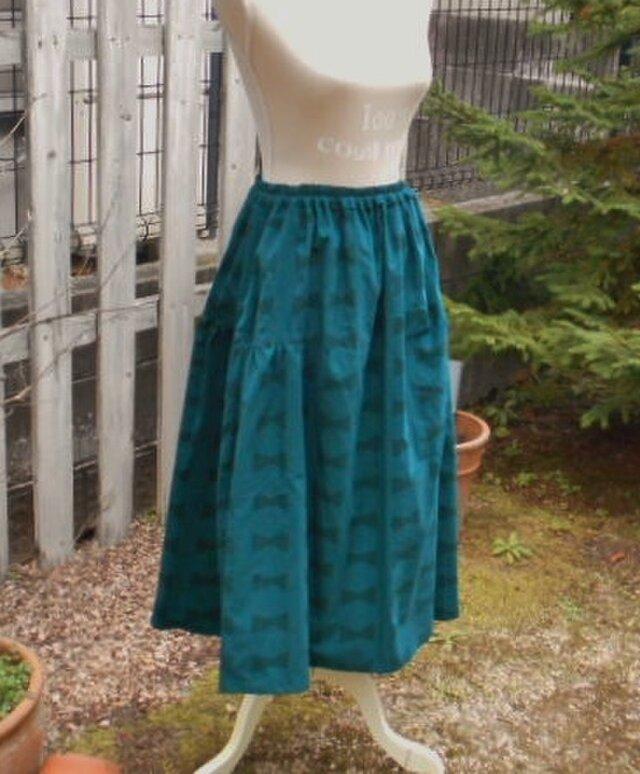 期間限定SALE!やわらかコーデュロイのふんわりフェミニンスカート(ブルーグリーン)の画像1枚目