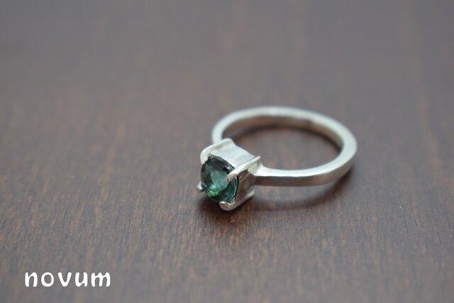 グリーントルマリンのリングの画像1枚目