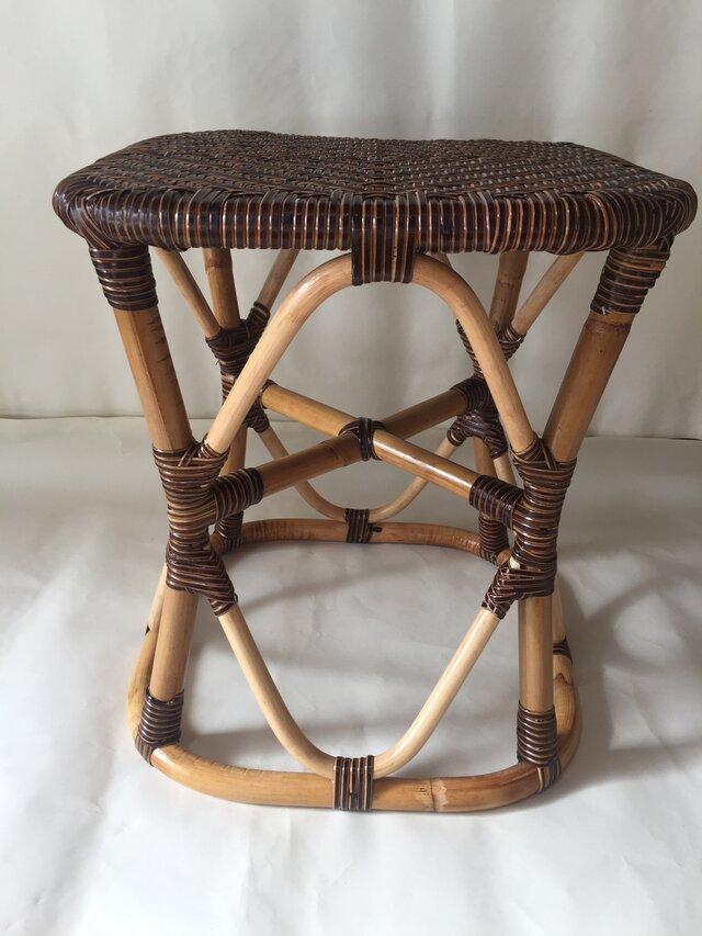 籐製 スツールの画像1枚目
