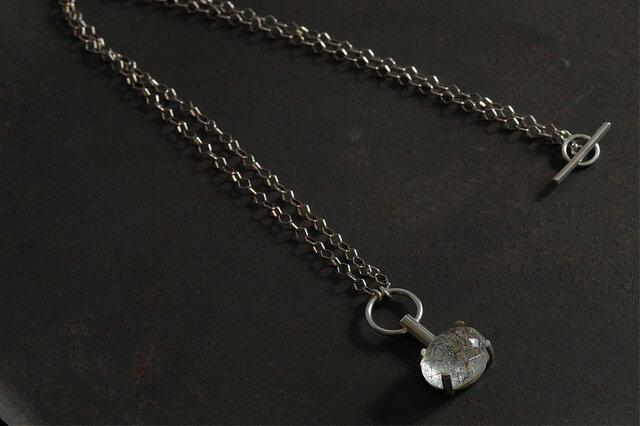 針水晶 ネックレスの画像1枚目