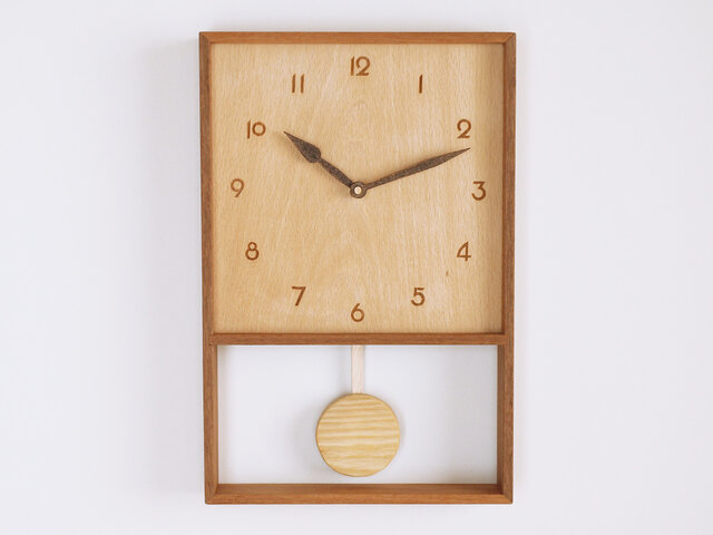 木製 箱型 振り子時計 ラワン材3の画像1枚目