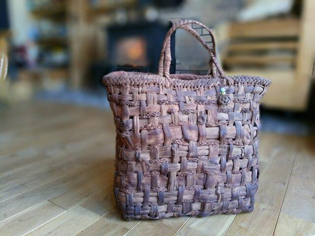 貴重な山葡萄の蔓で編んだ手提げ籠(バッグ)【大型・大容量】2の画像1枚目