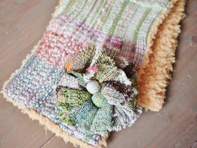 ◆SALE◆手織り コサージュ付ファーストールの画像1枚目