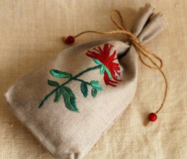 リネンのハーブ刺繍のサシェ〈ベルガモット〉の画像1枚目