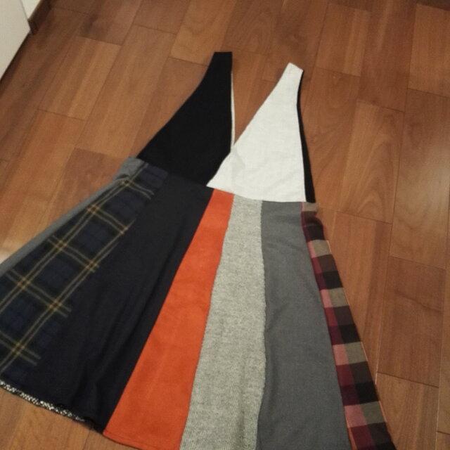 ウール生地パッチワークジャンパースカートの画像1枚目