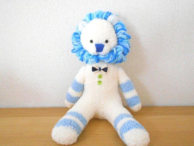 白とブルーのソックライオンの画像1枚目
