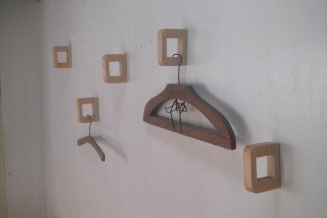 壁付けハンガーフック コートフック  / 国産ヒノキの画像1枚目