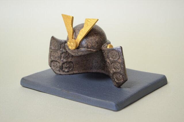 かぶと (陶器)の画像1枚目