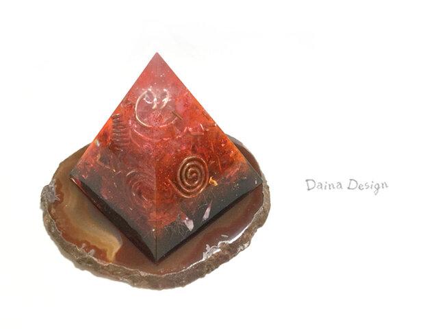 紅蓮の炎 ピラミッド オルゴナイト 高級 インテリア ☆ ダイナデザイン ☆ 赤 黒の画像1枚目