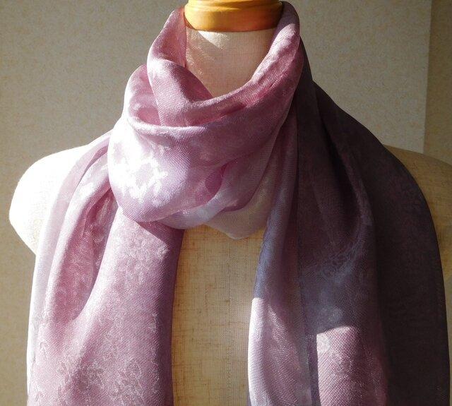 「色の変化するストール麴塵染め」本紗織シルク100%小花柄 の画像1枚目
