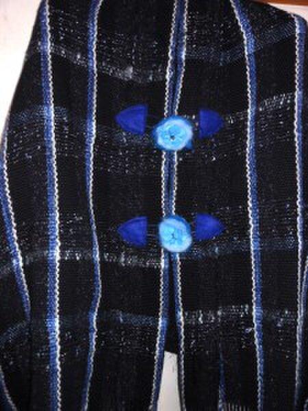 手織り 冬物ポンチョ ウール PON101 ラメ入り 紺色 防寒 温かの画像1枚目