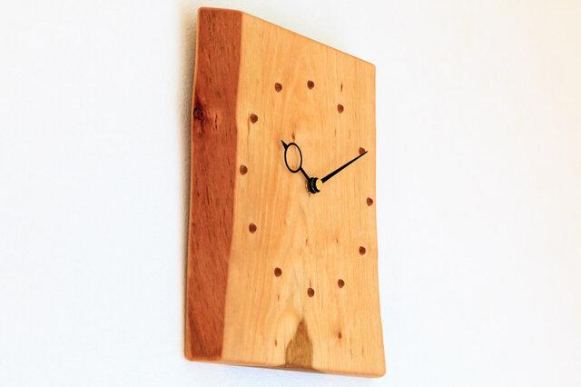 サクラの耳付き板の時計 5の画像1枚目