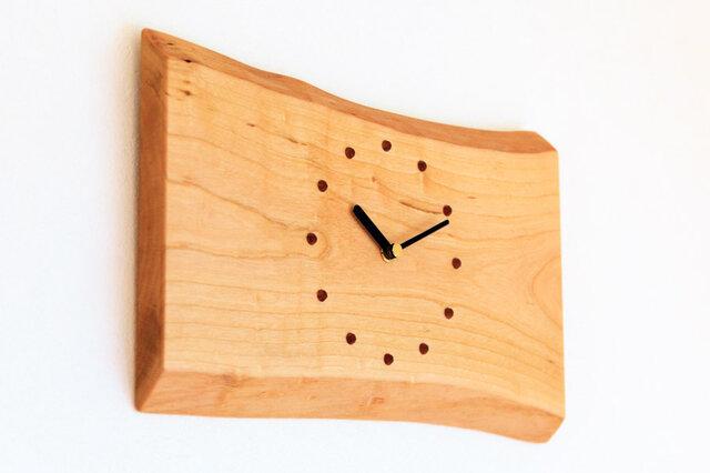 サクラの耳付き板の時計 6の画像1枚目