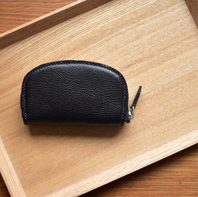 オーバル型 革のキーケースの画像1枚目