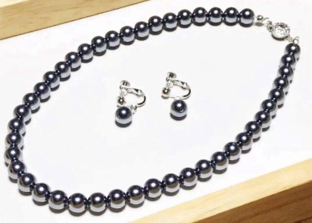 冠婚葬祭に...黒蝶パール風 ネックレスとイヤリングの画像1枚目