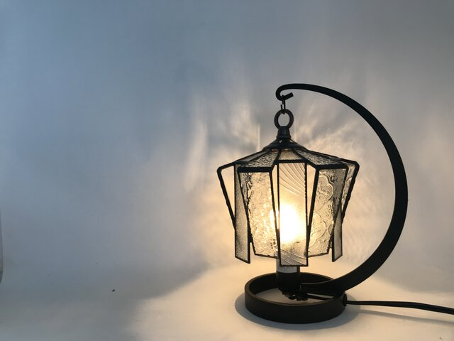ステンドグラス つぼみ形ランプ クリアの画像1枚目