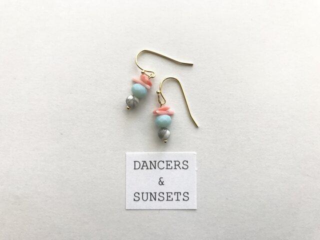 Tiny Dancers ピアス SINGING BIRDSの画像1枚目