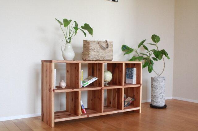 暖かな雰囲気の無垢材多目的シェルフ(大) | TV台 |本棚 の画像1枚目