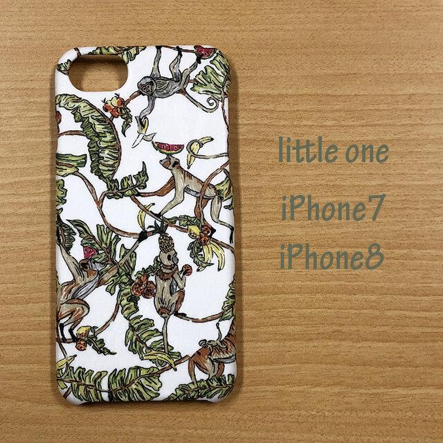 【リバティ生地】ツリー・トップス iPhone7 & iPhone8の画像1枚目