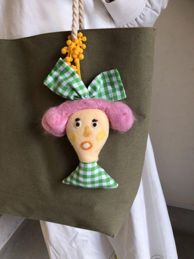 女の子の人形 Gの画像1枚目
