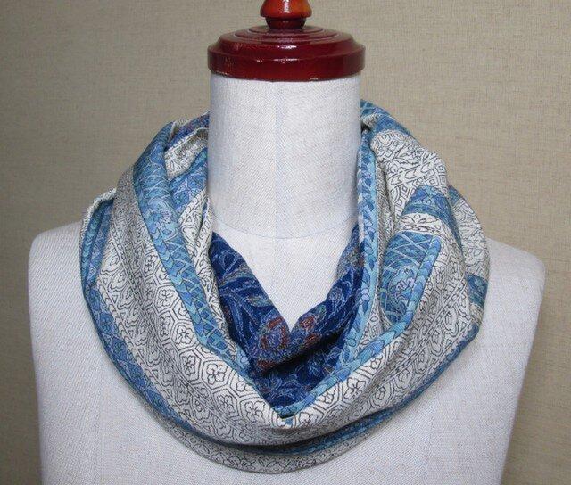 着物リメイク 上質な4種類の縮緬×手織り紬から作ったスヌードの画像1枚目