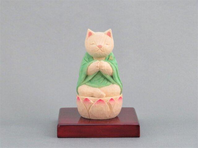 木彫り 袈裟を着た合掌猫 猫仏1904の画像1枚目