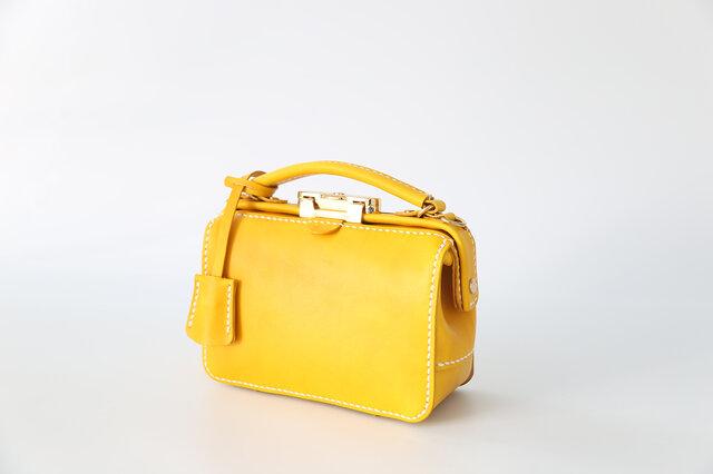 バージョンアップ がま口バッグ 本革手作りのレザーショルダーバッグ 手染め / 総手縫い 手持ち 肩掛け 2WAY 鞄の画像1枚目
