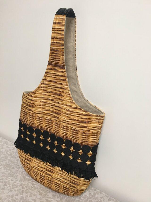 在庫終了:バスケット柄転写風プリント✖黒レースのワンハンドルbagの画像1枚目