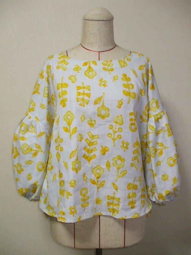 お花柄 ラウンドネックバルーン8分丈袖プルオーバー M~LLサイズ 薄いグレー色 受注生産の画像1枚目