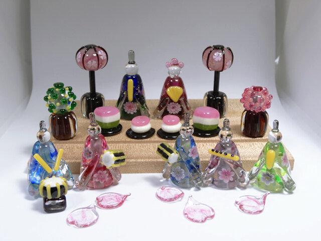 とんぼ玉雛人形・ガラスのおひなさま五人囃子セットの画像1枚目