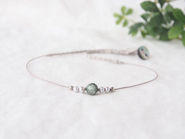 Green&SilverShine Short Necklaceの画像1枚目