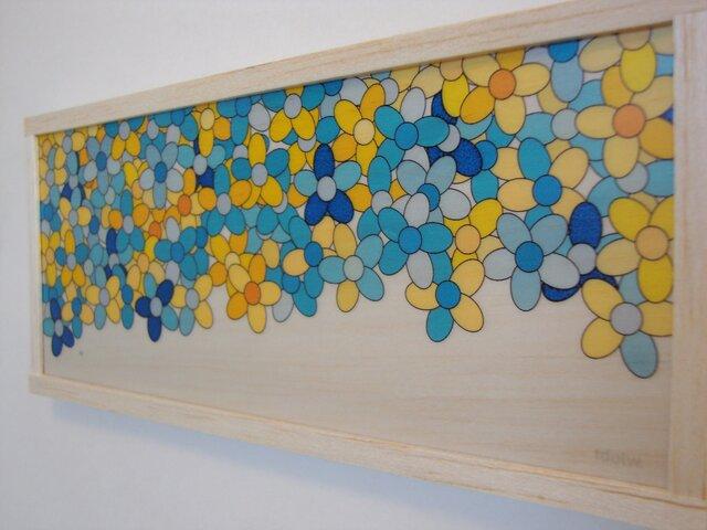 blue amd yellow flowerの画像1枚目