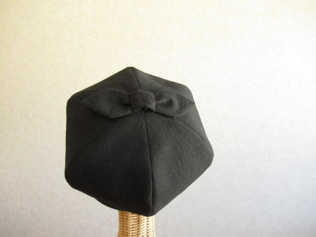 てっぺんにリボンのベレー帽 コットンリネン 黒の画像1枚目