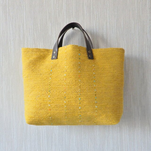 裂き織りのバッグML マスタードの画像1枚目